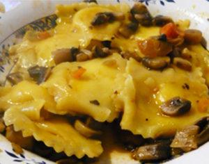fungocesena_ricetta_Tortelli-con-salsa-di-funghi