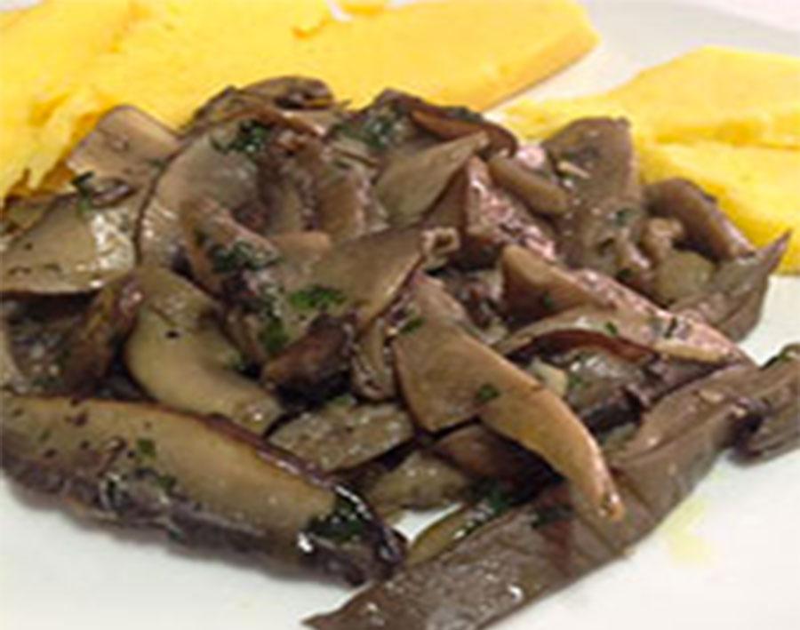 Funghi trifolati, ricetta base Chef Stefano Barbato